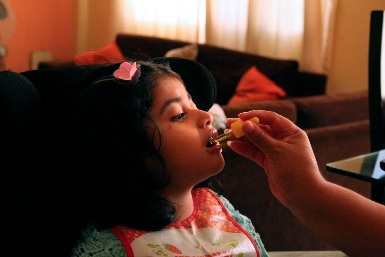 Pía: Cuando el cannabis medicinal es la única salida
